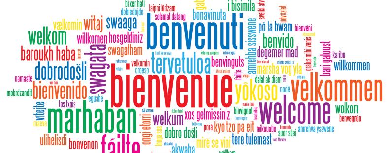 Photo de bienvenue en toutes les langues illustrant la Mobilité internationale Erasmus +